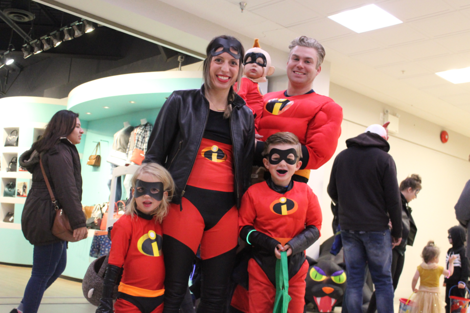 Incredible team — Tyler, Easton, Emelia, Shaw, and Alison Morgan get into character last week at the DC mall.