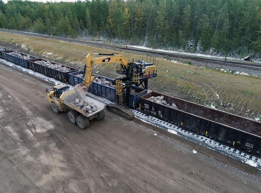 Receiving riprap from the West Pine Quarry at Septimus Siding.
