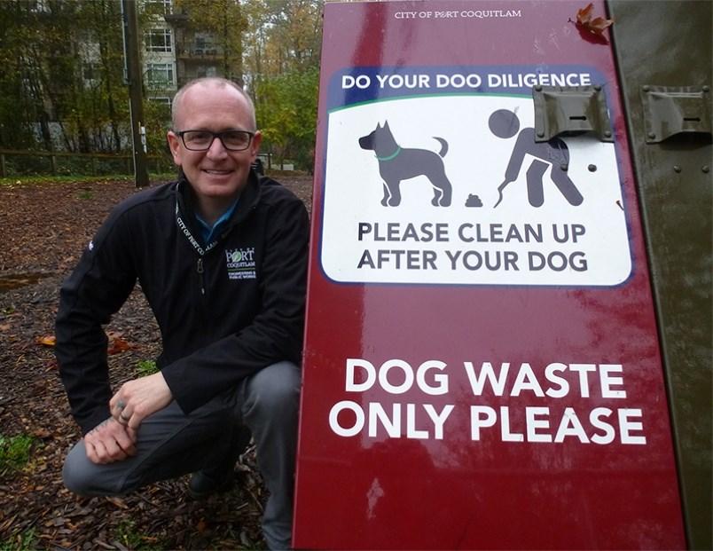 Dog receptacles