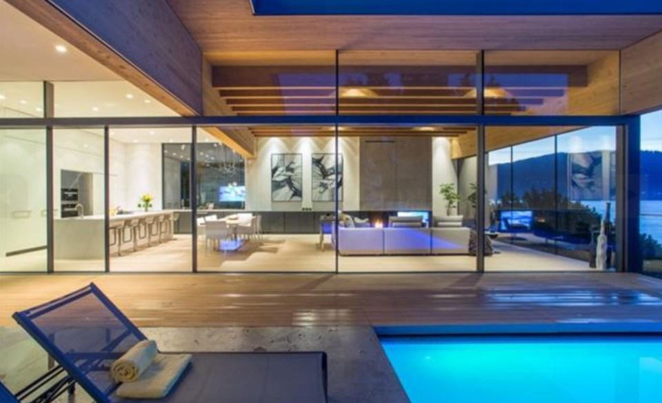 West Vancouver Modernist house great room from pool