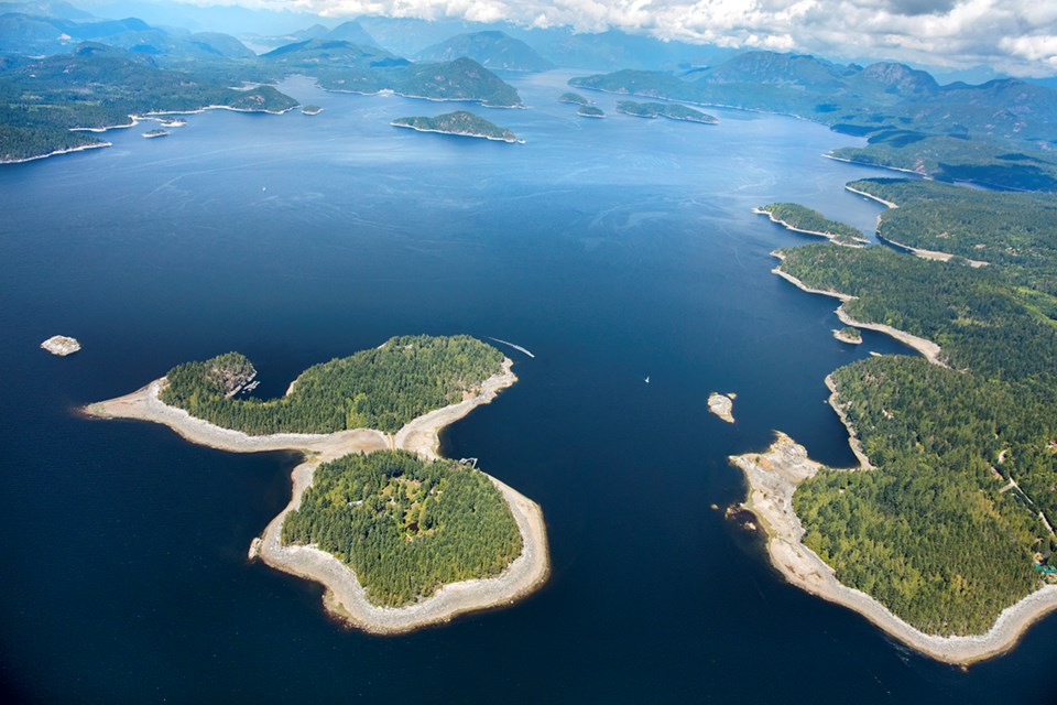 Subtle Islands aerial