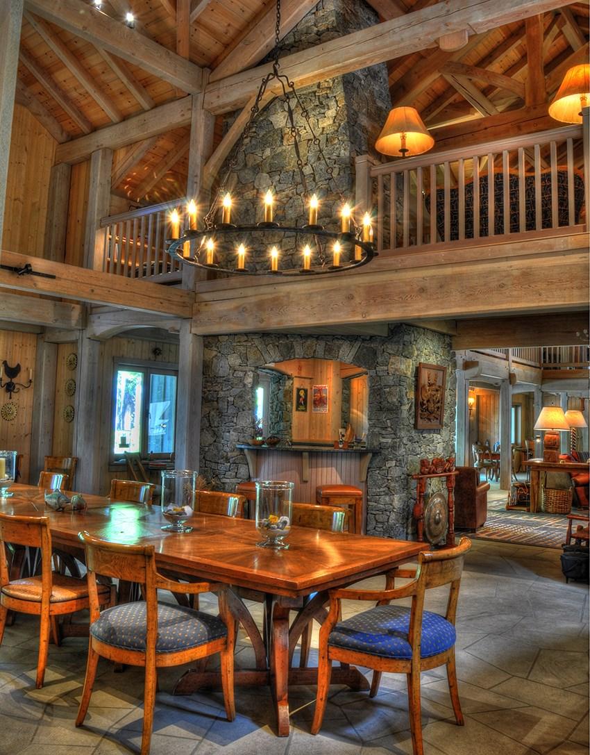 Subtle Islands house dining