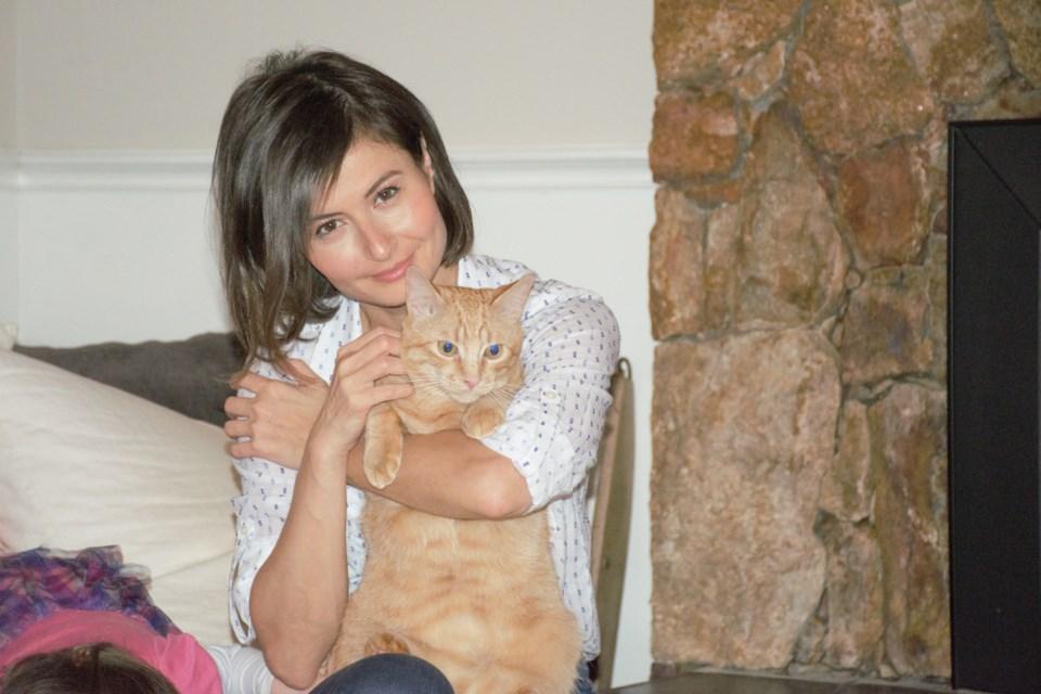 Rebeka Breder and Boyng Boyong the cat