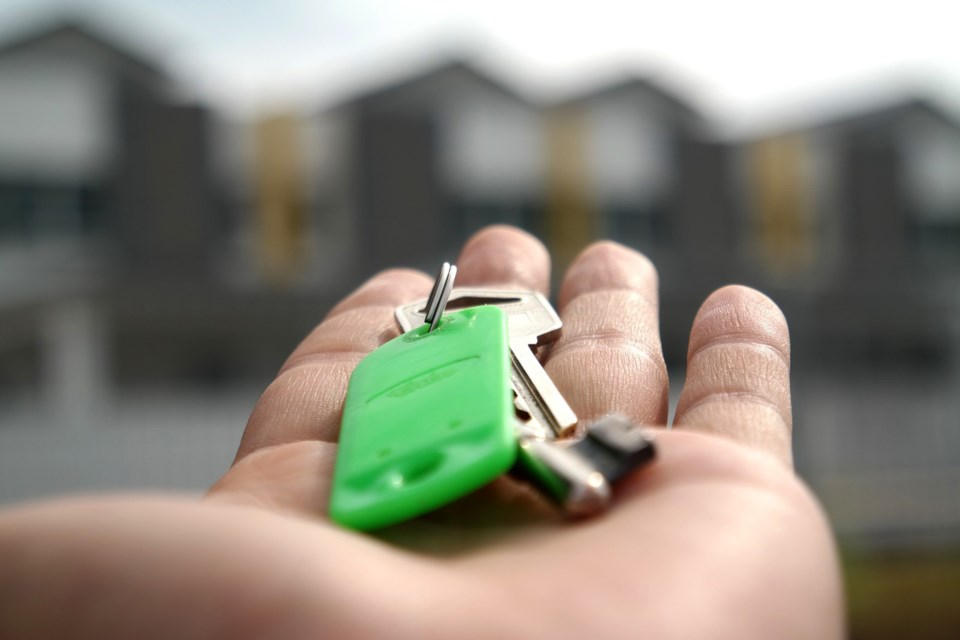 Key moving house real estate agent townhouse