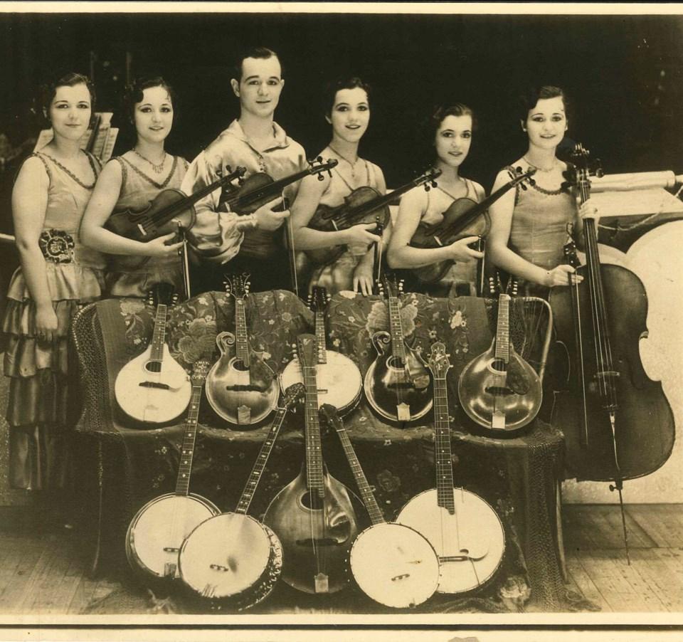 Musical Calangis Family