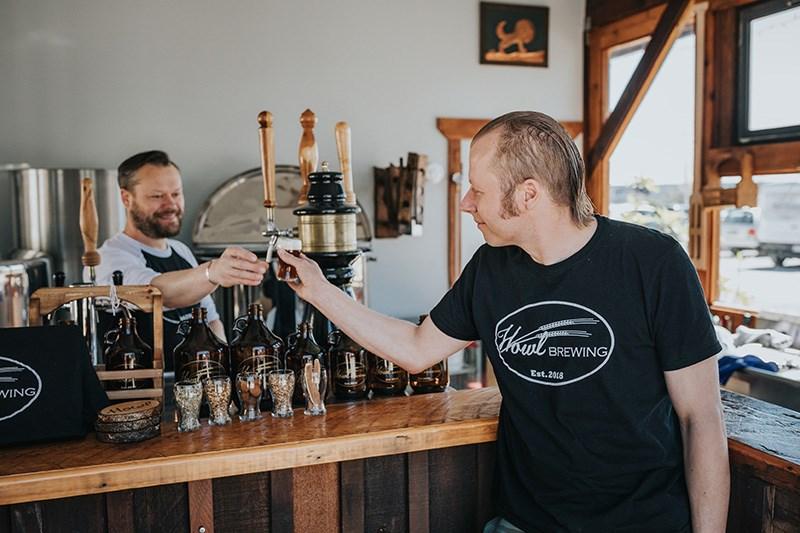 Dan Van Netten (right) and cousin Ben Van Netten brew up obscure, historic beers at their North Saa