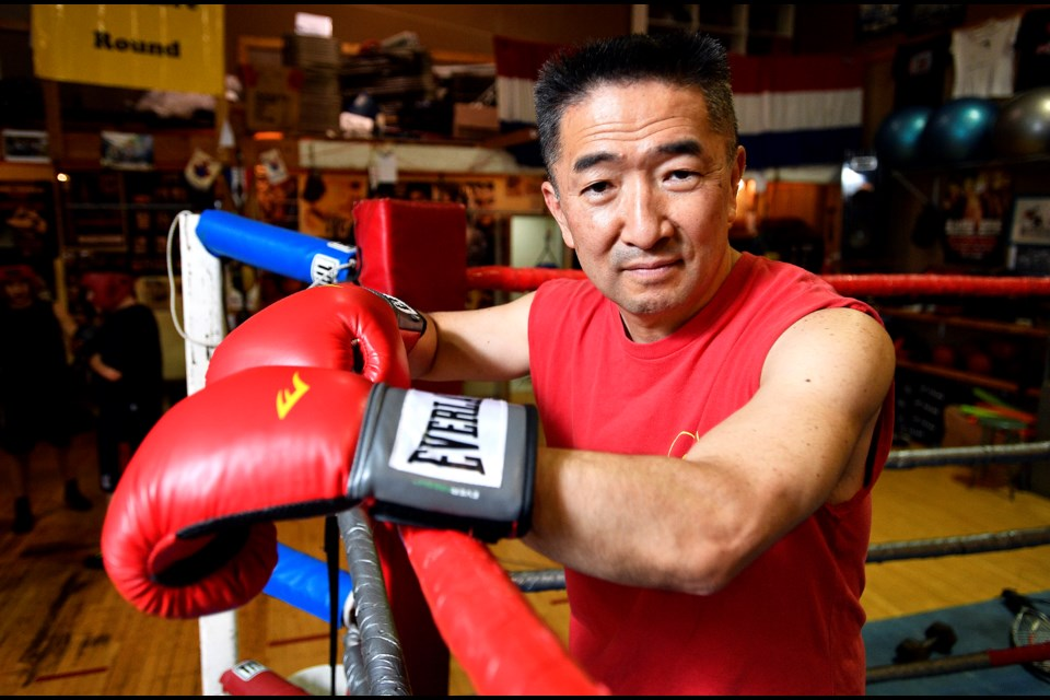 Burnaby's Eiji Yoshikawa is going into the ring on Friday to take on five-time B.C. Golden Gloves champion Robert Couzens in an exhibition bout at the Scottish Cultural Centre in Vancouver.