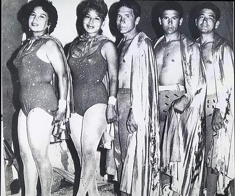 Roberto Osorio's father with his brothers and sisters