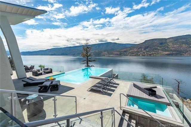 Kelowna lakefront mansion pool hot tub