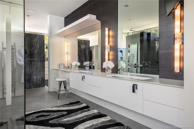 Kelowna lakefront mansion master bathroom
