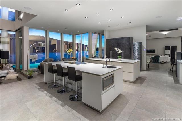 Kelowna lakefront mansion kitchen