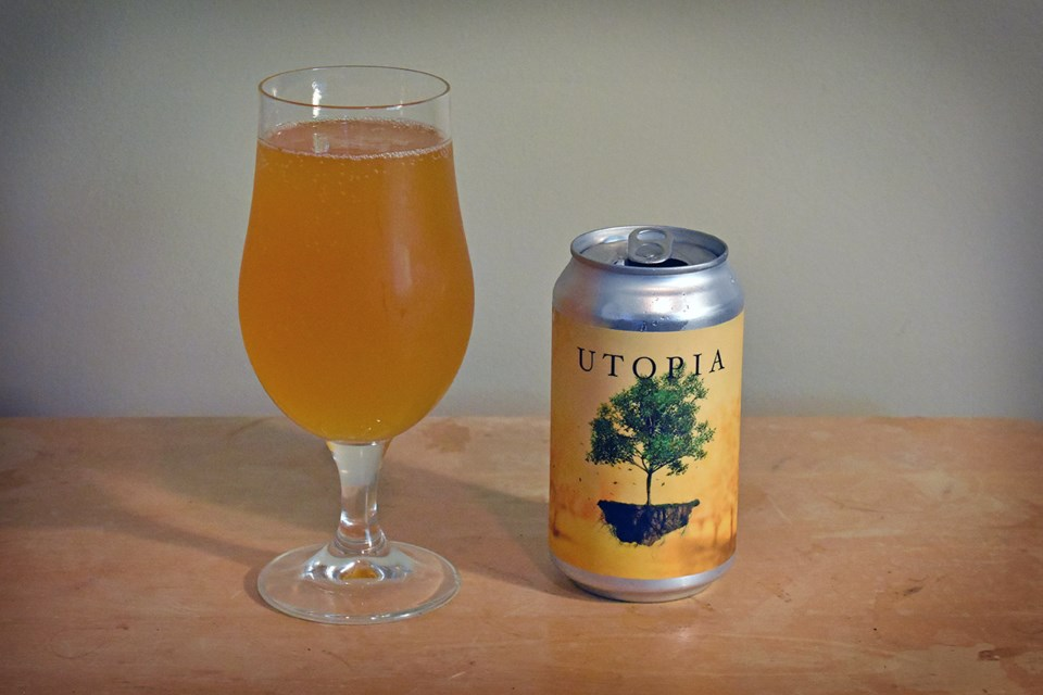 Utopia Dry Hopped Peach Sour boasts flavours of peach and apricot, as well as notes of melon and man