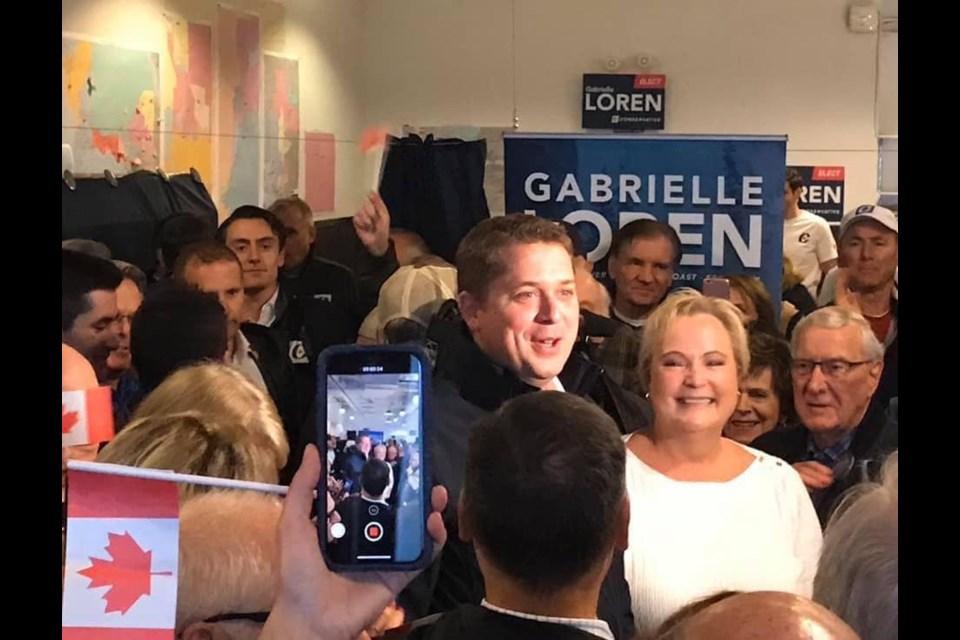 Conservative leader Andrew Scheer with local candidate Gabrielle Loren in West Van Oct. 20.
