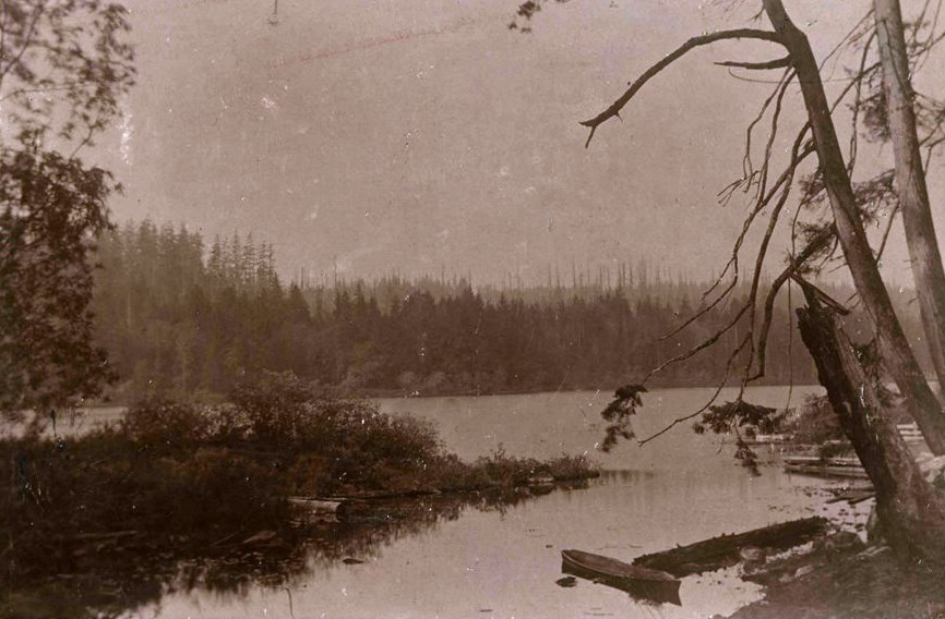 A 1900 photo of Deer Lake included in the Burnaby Village Museum's new Indigenous History in Burnaby Resource Guide shows a shallow dugout Indigenous canoe of the kind once used by Sḵwx̱wú7mesh and hən̓q̓əmin̓əm̓ ancestors to navigate local riverways.