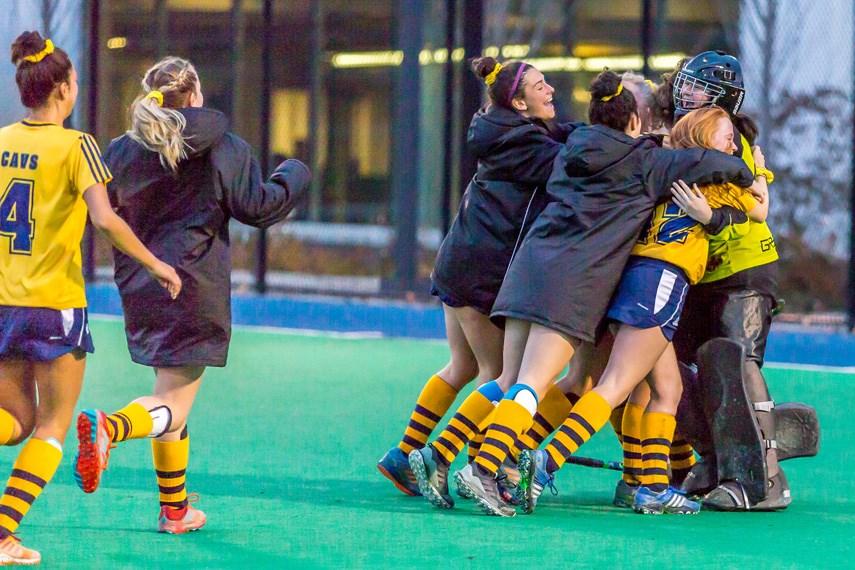 Collingwood Cavaliers claim third straight field hockey title_4