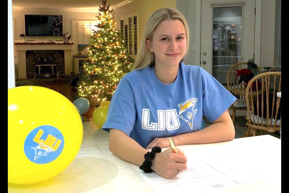 Ashley Morrow signed her National Letter of Intent last month to attend Long Island University in New York where she will continue her hockey career at the NCAA Division One level.