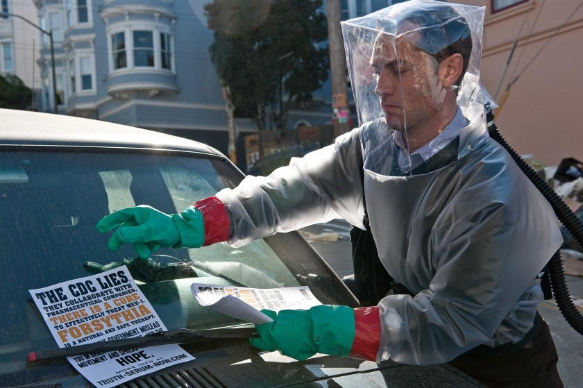 Contagion follows the rapid progress of a lethal airborne virus and the worldwide medical community'