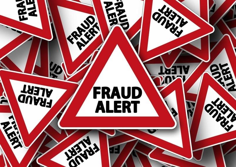 fraud alert triangles pixabay photo
