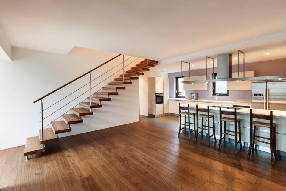 For those dealing with respiratory issues and allergies, hardwood flooring is often a life-changing home décor choice.