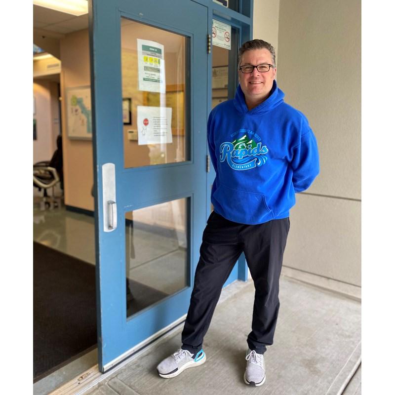 Ross Jacobsen at front door