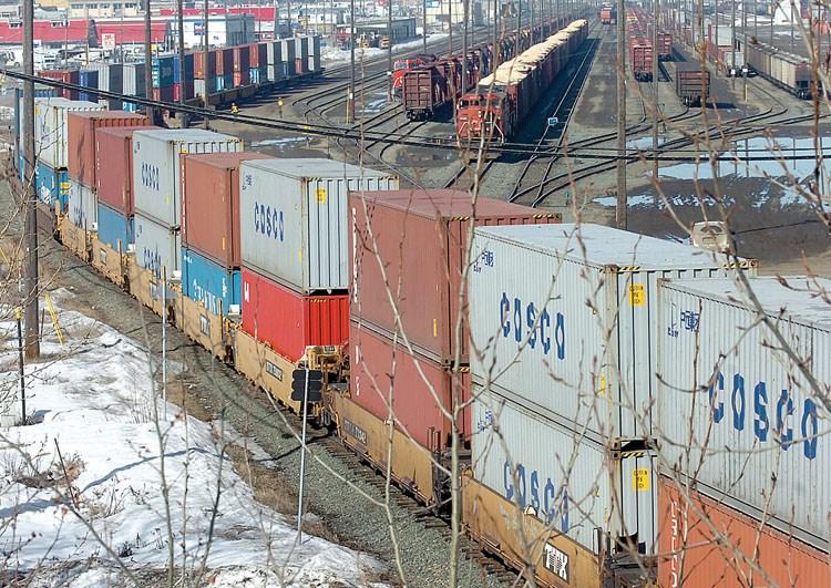 Cargo train WEB