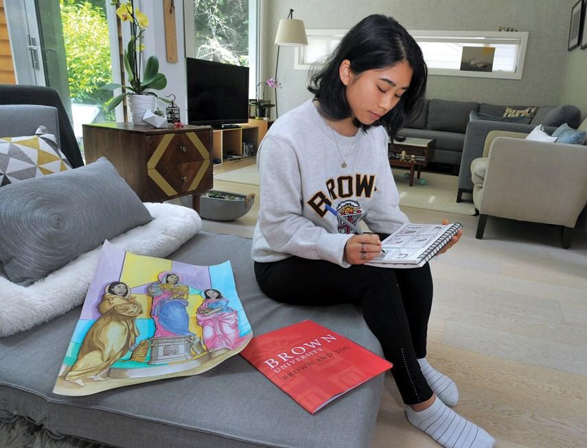 Chloe Chen Brown student