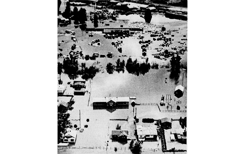 09 Flood 1972