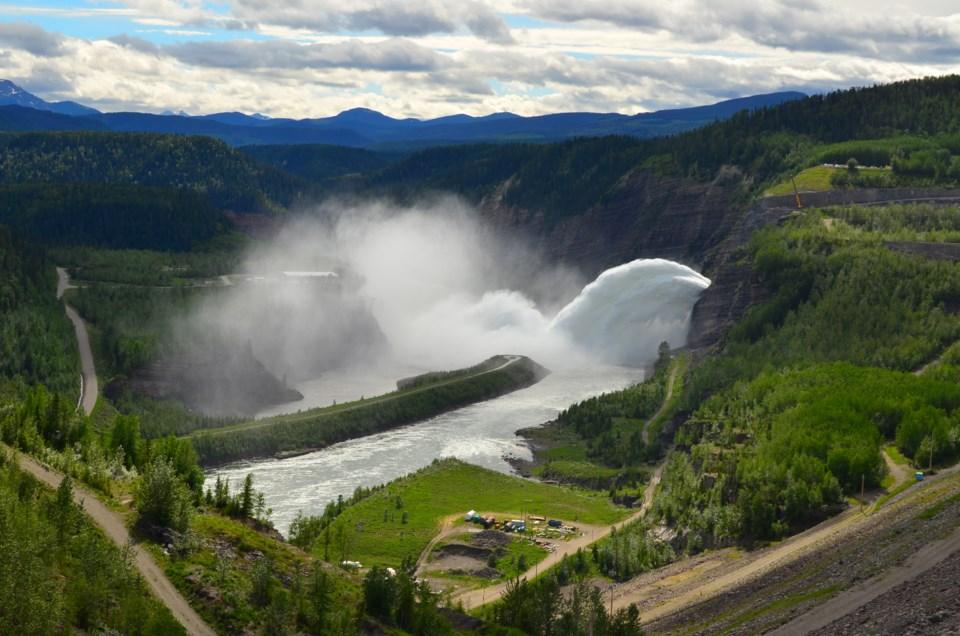 bennett-dam-spill-2012