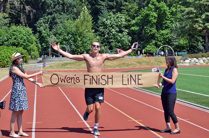 North Vancouver student completes his solo marathon for charity_0