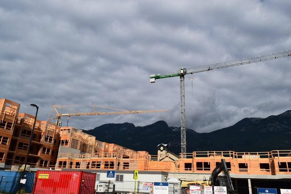 Squamish housing