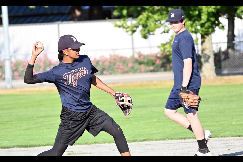 Delta Tigers held a training session on Monday night at Winskill Park. The Bantam Prep baseball team got its first taste of exhibition play last week against the Whalley Chiefs.
