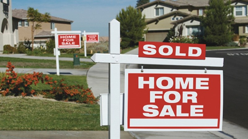 Homes sold sign