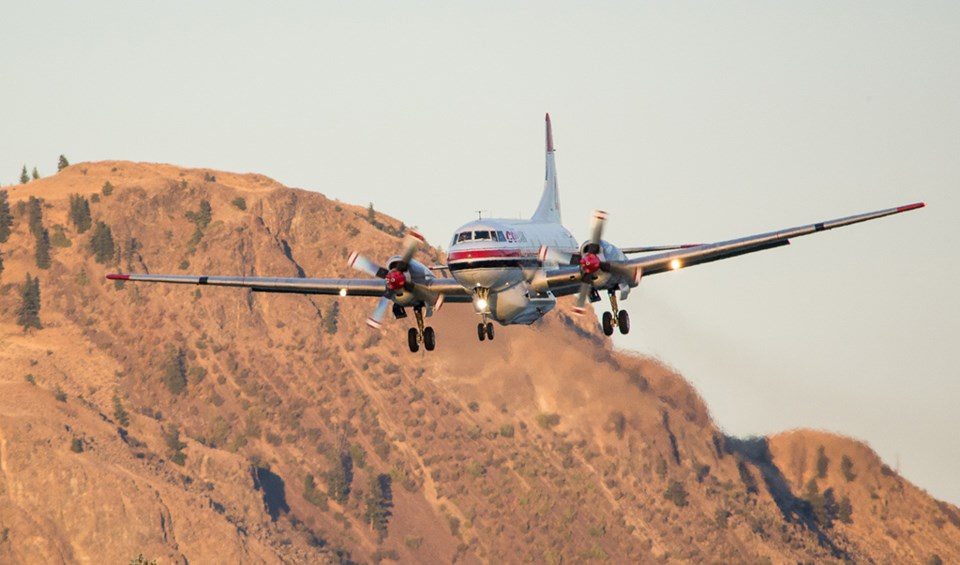 air tanker wildfire bc wildfire service conair water bomber