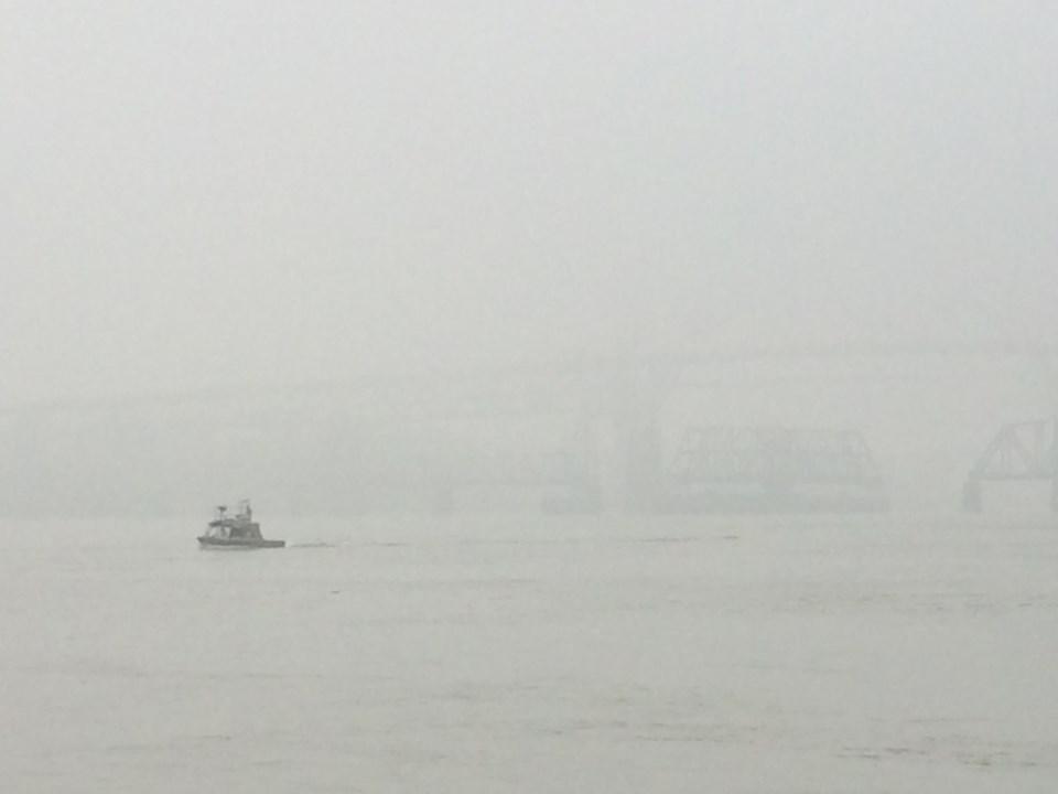 air pollution, Fraser River, New Westminster, haze, smoke
