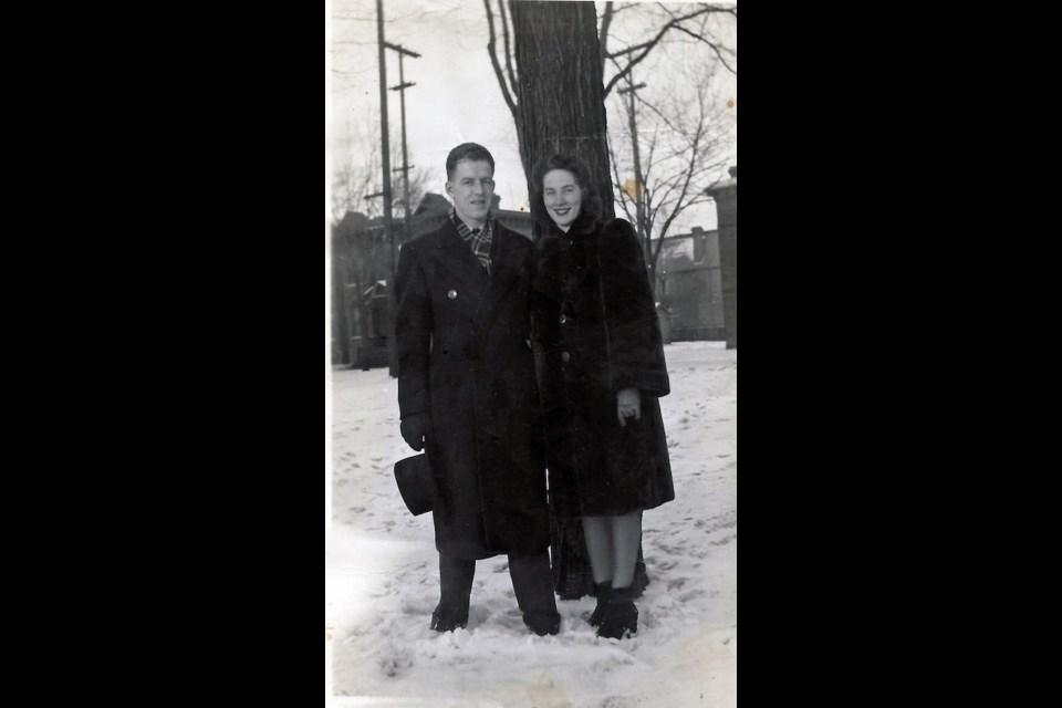 Jean & Stu in Ottawa about 1943