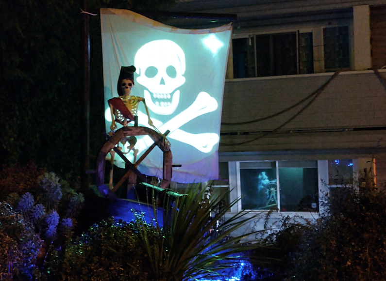 Lots of lights, images and sounds make this Pirates of the Caribbean display a lot of fun.