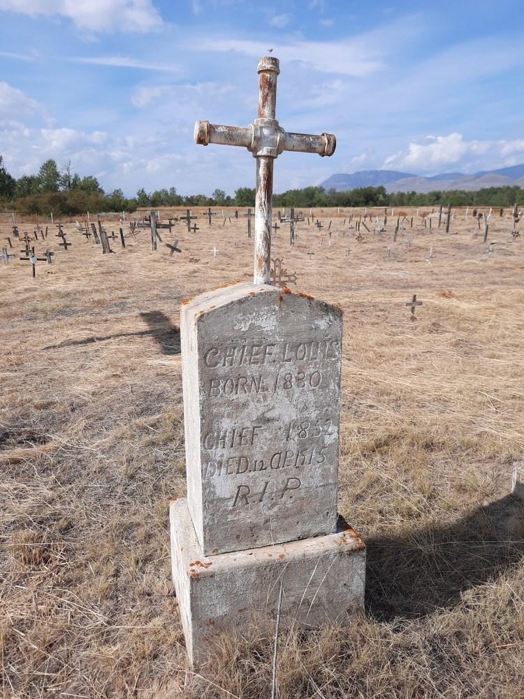 Chief Louis grave history cemeteries
