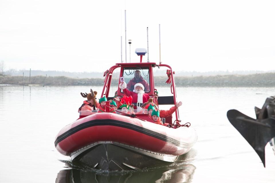 Steveston Santa boat