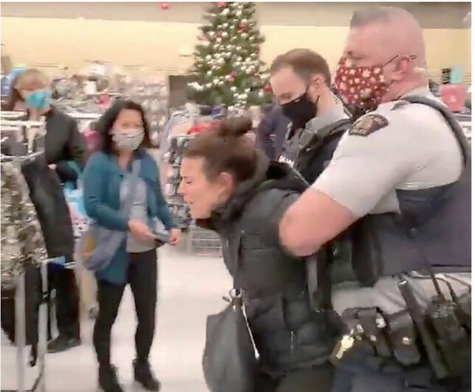 woman arrested for refusing to wear mask