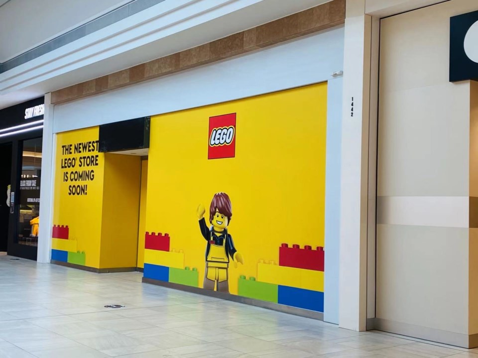 LEGO store opening in CF Richmond Centre _0