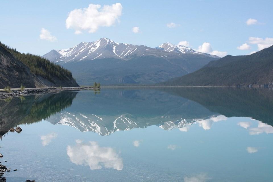 Muncho Lake