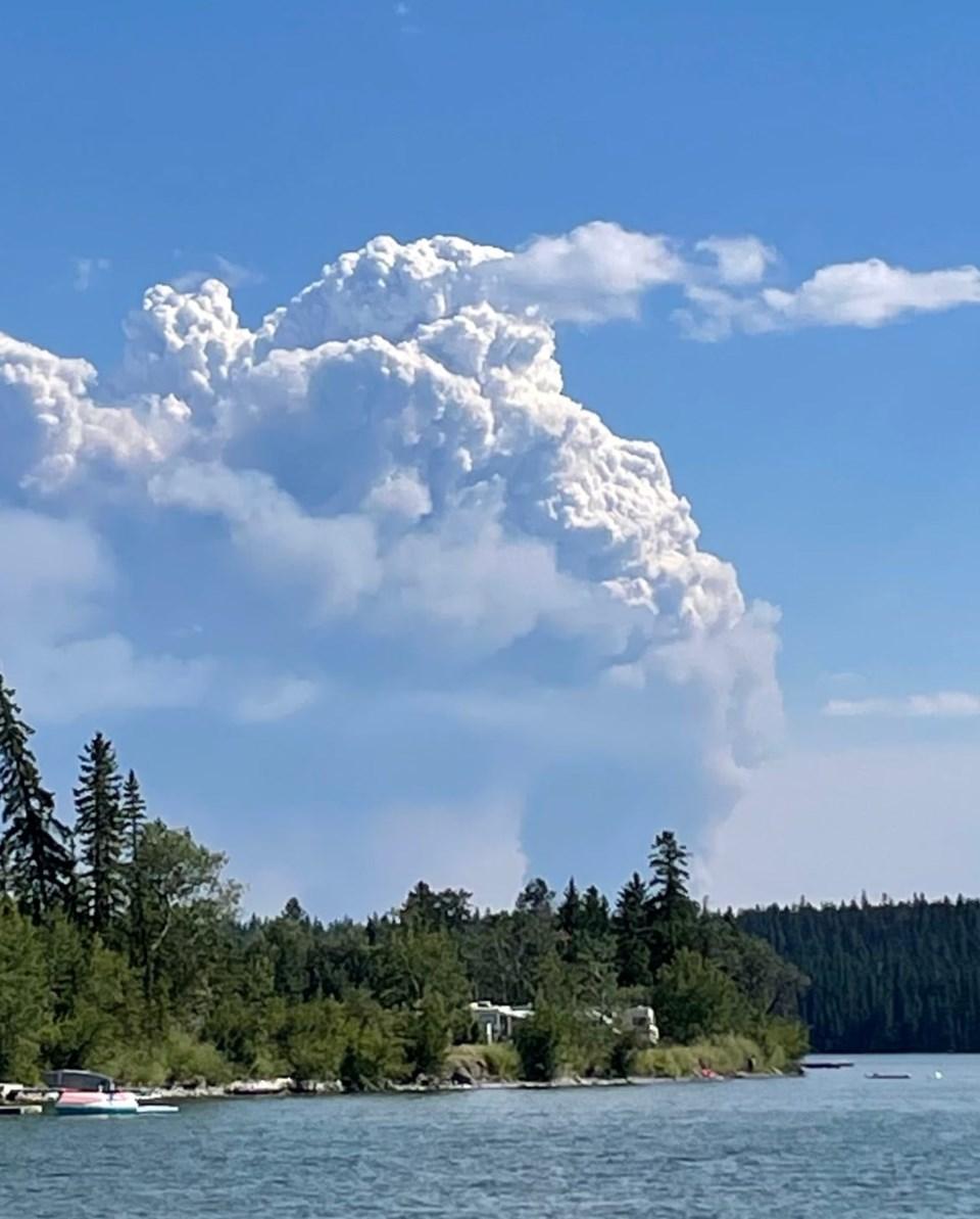 Flat Lake wildfire
