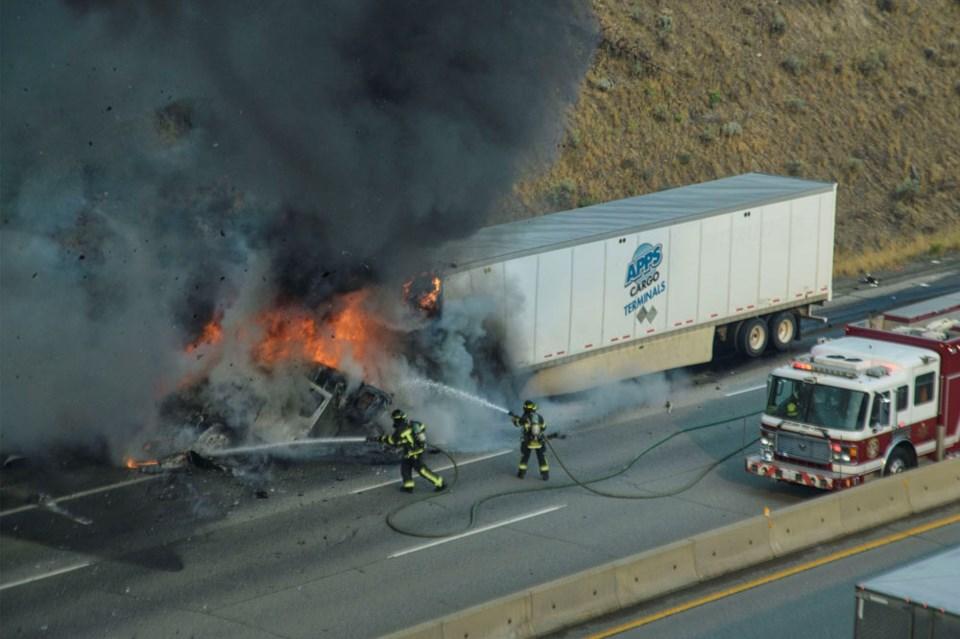 truck fire Dufferin