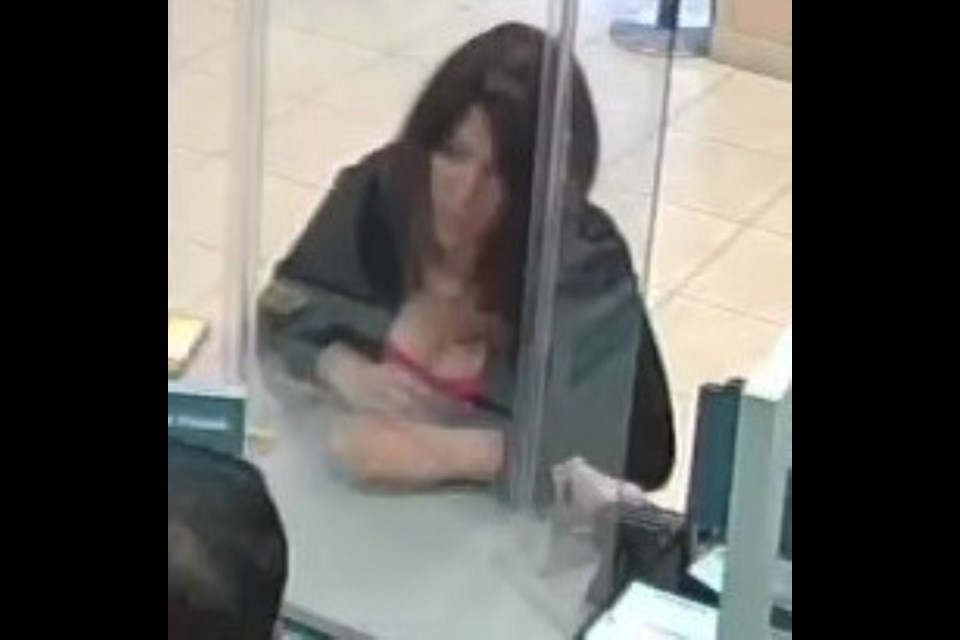 The image is blurry, but this is the fraud suspect police are seeking.