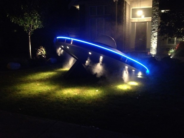 George Simnos' finished creation, 'crash-landed' in a neighbour's garden!