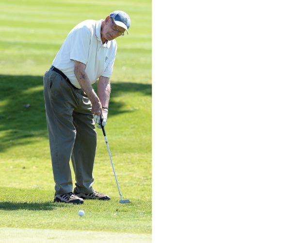 SPORTS-oldest-golfer.01.jpg
