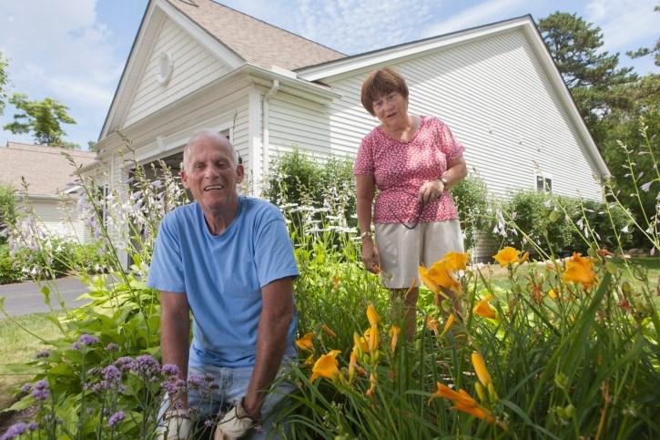 seniors-stay-in-homes.jpg