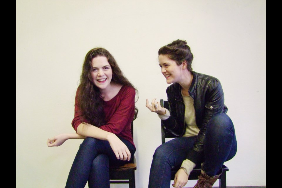 Identical twins Kailey and Sam Spear take on Hamlet and give the Shakespearean tragedy a modern, gender-swapping twist.