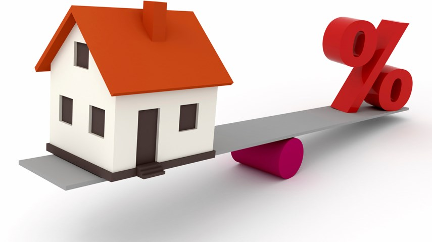 House mortgage and interest rate balance