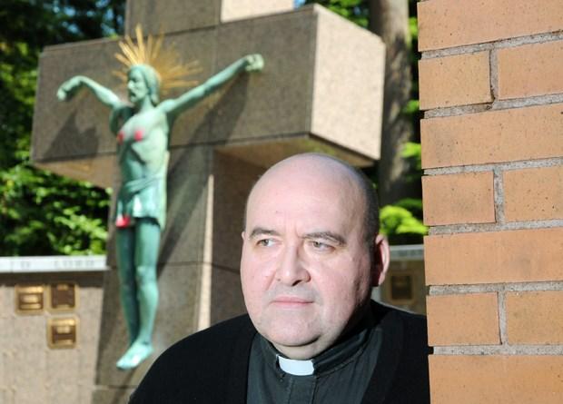 Christ statue vandalized